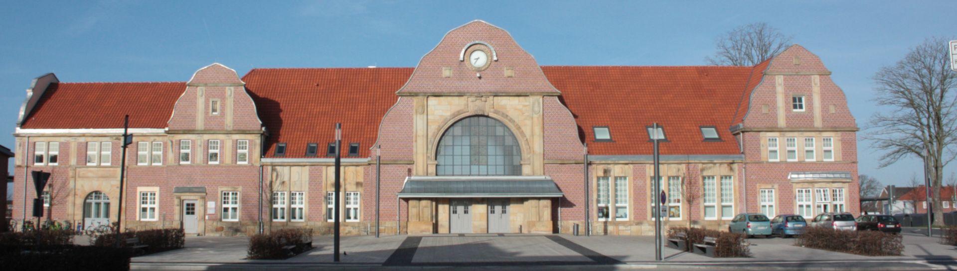 Sicht auf den Jugendstil-Bahnhof in Quakenbrueck